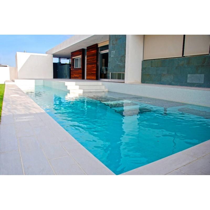 Piscina de obra 8x4 de gresite blanco for Precio piscina obra 8x4