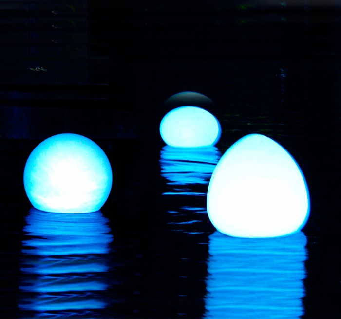 Lámparas LED flotantes